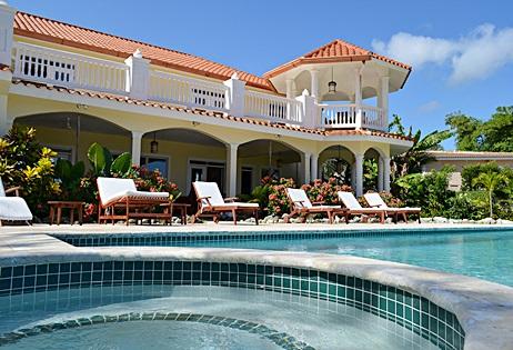 bachelor party villa in oceanfront area of Sosua