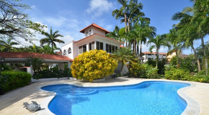 Sosua villa with 7-9 bedrooms