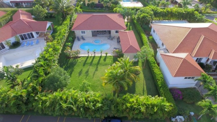 Beautiful 3 Bedroom Villa Holiday Rental