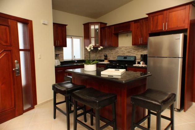 fine mahogany kitchen
