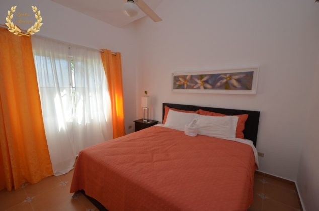 Bedroom in peach