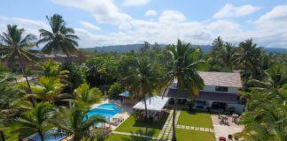 Beach villa rental with 14 bedrooms