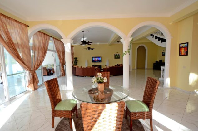 living room arches
