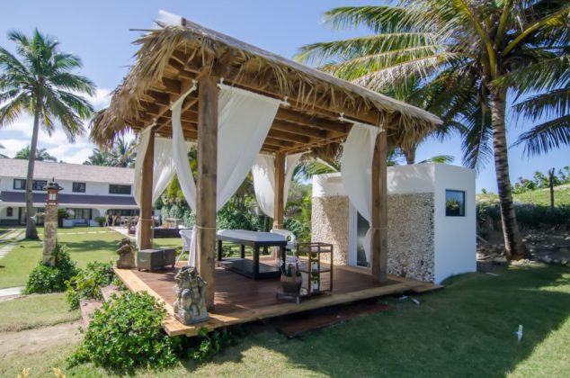 spa gazebo by the beach