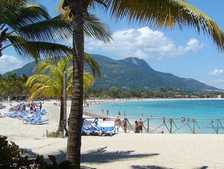 playa-dorada-beach