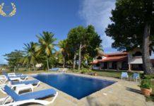 8 bedroom oceanfront villa for bachelor parties