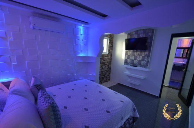 neon suite 3