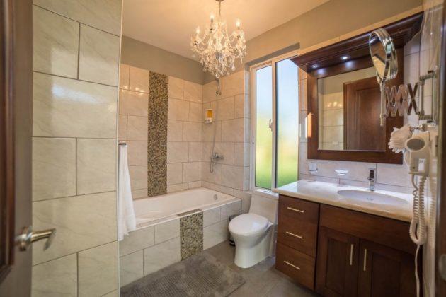 Fine bathroom with tub