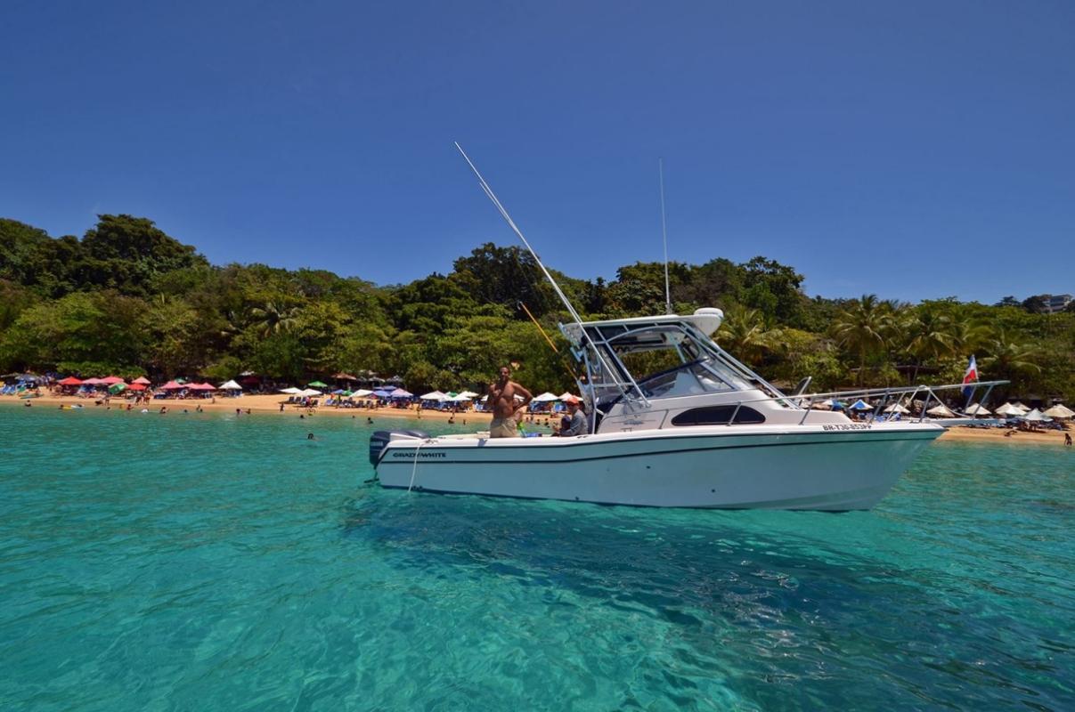 yachting-beach