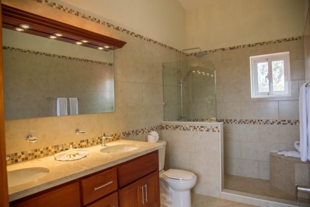 The main suite bathroom