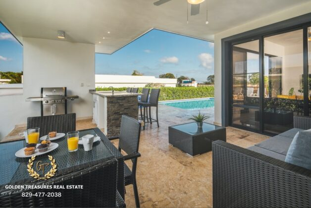 outdoor terrace of the sosua villa for sale
