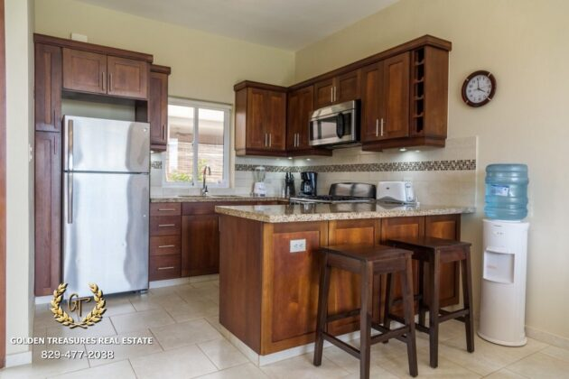 Kitchen option in wood color